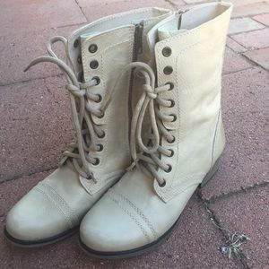 New Steve Madden Troopa Boots